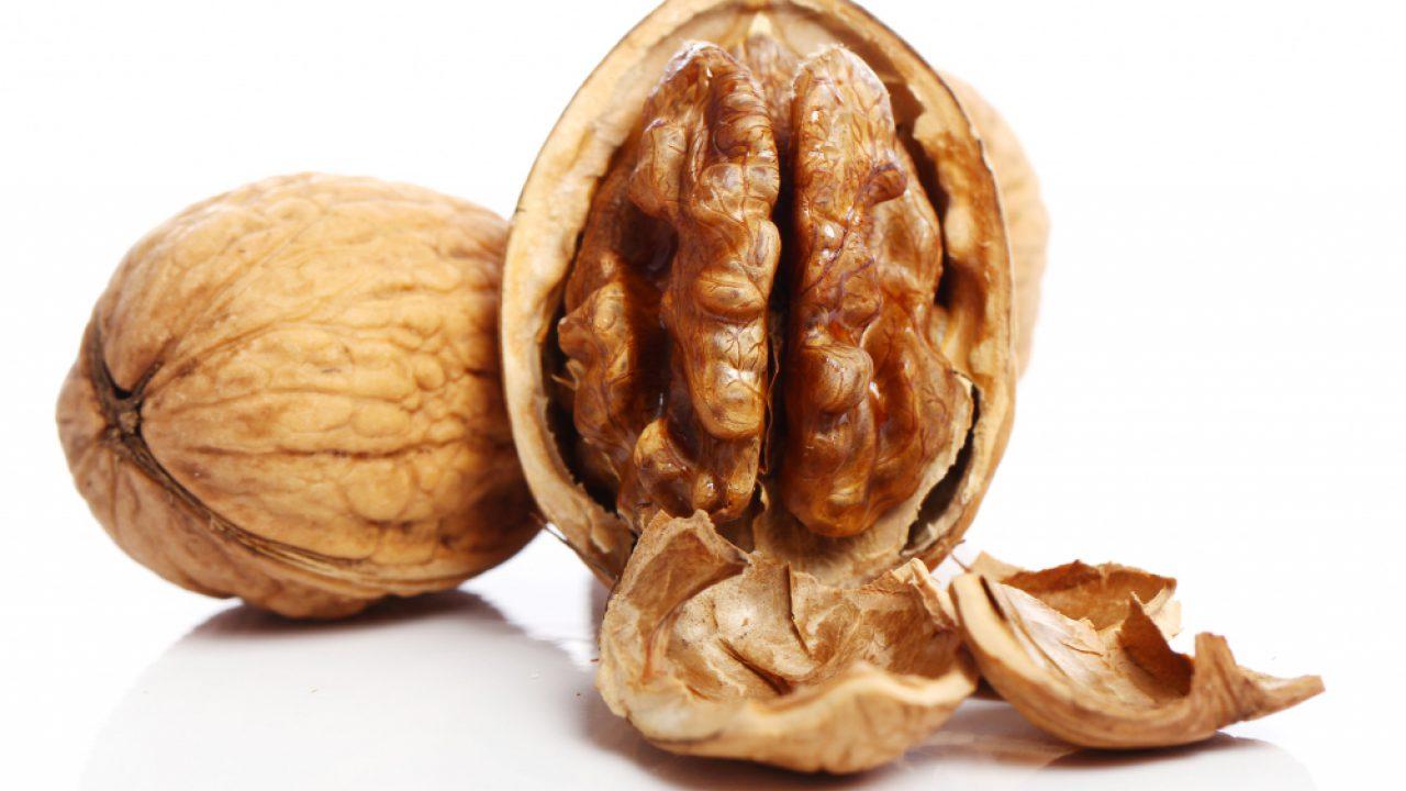 fresh-walnut